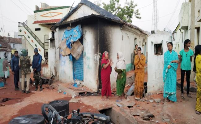 Bhainsa People Fear on Assault on Homes And Vehicles - Sakshi