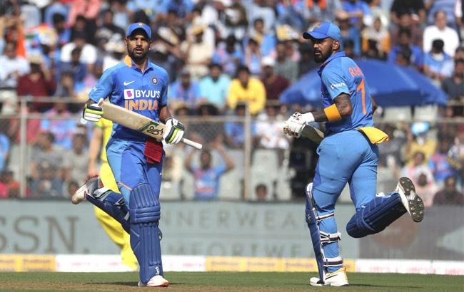 IND VsAUS: Rahul, Dhawan Depart In Quick Succession After 121 Run Stand - Sakshi