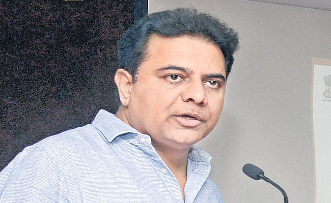 KTR Slams On Congress And BJP Social Media Meeting At Hyderabad - Sakshi
