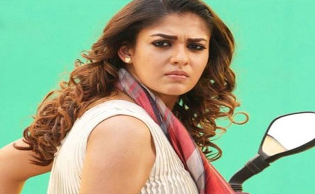 Nayanthara Disappointed AR Murugadoss Did Not Prioritize In Darbar - Sakshi