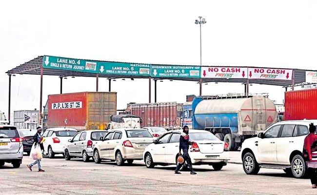 Problems Of Commuters Near Toll Gates On National Highways - Sakshi