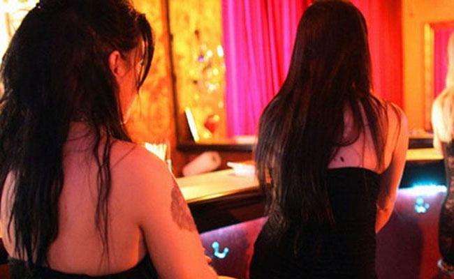 Bollywood Casting Director Arrested For Running Prostitution Racket - Sakshi