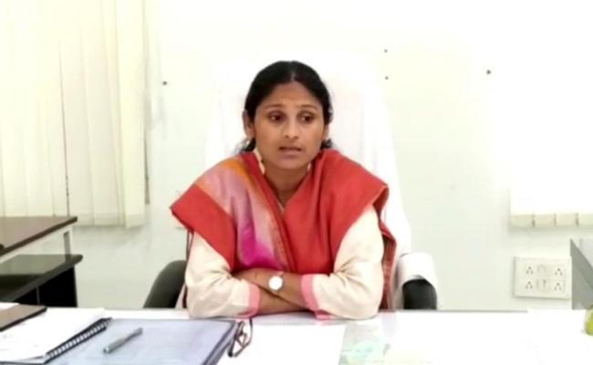 Vikarabad Collector Masrath Khanam Ayesha Ayesha Talks In Press Meet - Sakshi