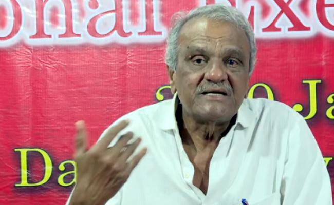 CPI Narayana Lashs Out At Pawan Kalyan Over BJP, Jana Sena join hands - Sakshi