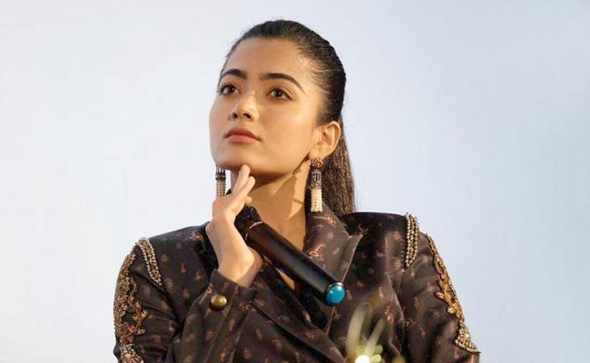 Rashmika Mandanna Manager Clarifies Over IT Raids - Sakshi
