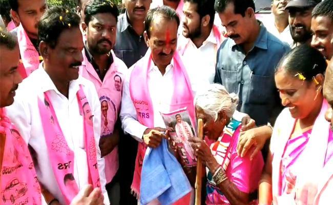 Minister Etala Rajendar Election Campaign In Huzurabad - Sakshi