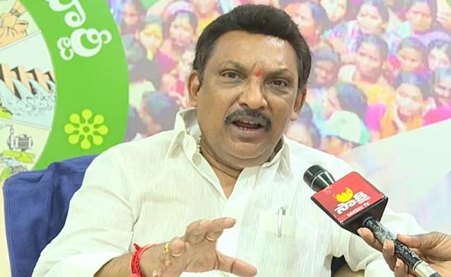 YSRCP MLA Grandhi Srinivas Slams Pawan Kalyan - Sakshi