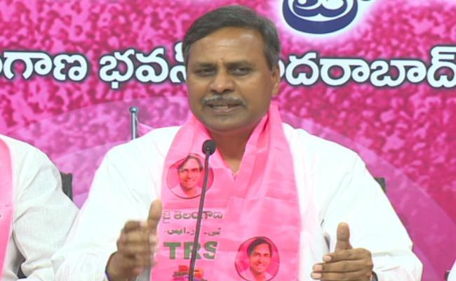 MLC Palla Rajeshwar Reddy Fires On Congress Leaders - Sakshi