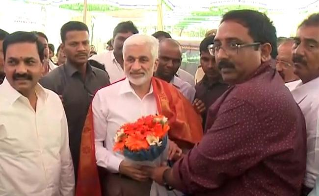 Vijayasai Reddy Visits Nellore Started On Several Developmental Activities - Sakshi