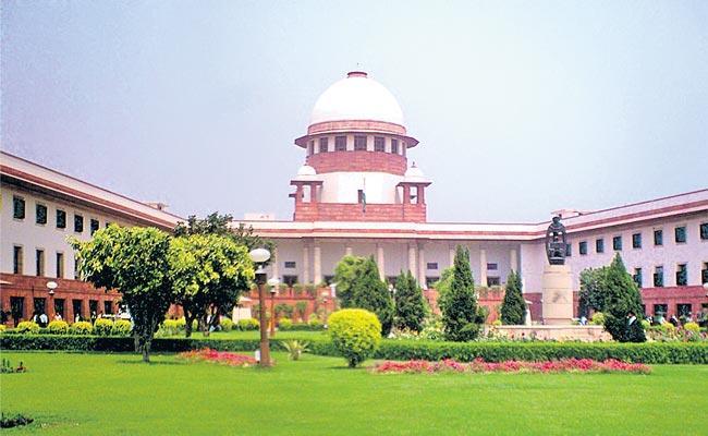 Supreme Court Stays Reservation Order For AP Local Bodies Polls - Sakshi