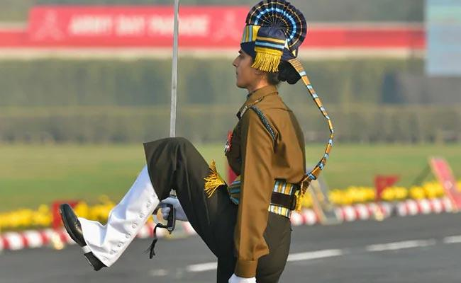 Tanya Shergill Becomes 1st Woman Parade Adjutant Leading All Men Contingents - Sakshi