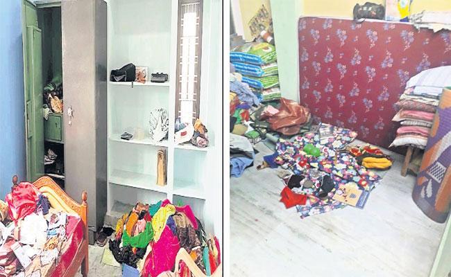 Robbery In 6 Places At Hyderabad During Sankranthi Festival Days - Sakshi