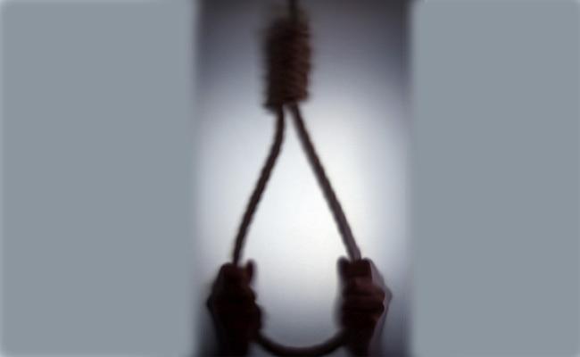 Death Sentence In Minor Molestation Case In Karnataka - Sakshi