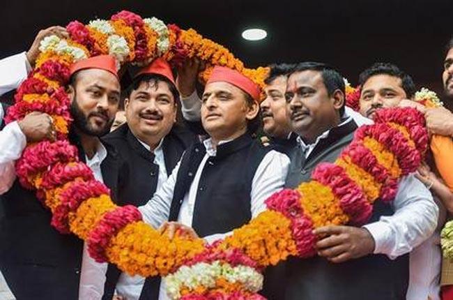 Former UP President of Hindu Yuva Vahini Sunil Singh Joins Samajwadi Party - Sakshi