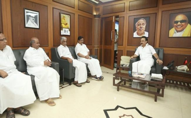 Tamil Nadu Congress Leaders Meet DMK President Stalin - Sakshi