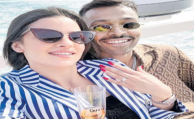 Hardik Pandya Engagement With Actress Serbian - Sakshi