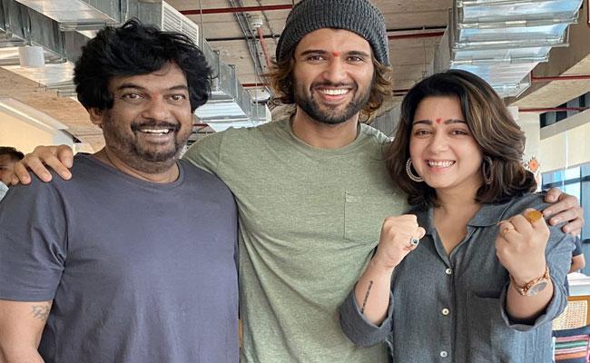 Vijay Devarakonda Fighter Movie Shoot Begins In Mumbai - Sakshi