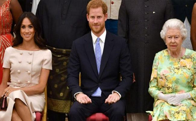 No Option For Prince Harry And Meghan Markle Splitting From Royal Family - Sakshi