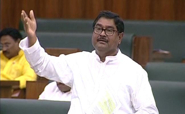 Dharmana Prasada Rao Applause CM YS Jagan Mohan Reddy - Sakshi