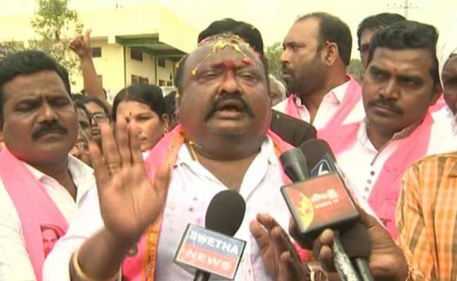 Gangula Kamalakar Controversial Comments In Municipal Election Campaign - Sakshi