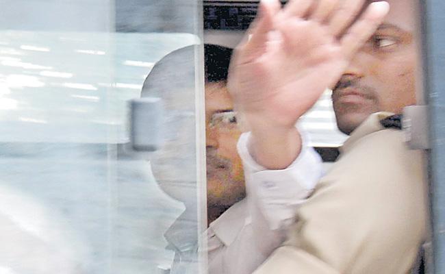 High Court Commands To AG Over Kasim Case - Sakshi