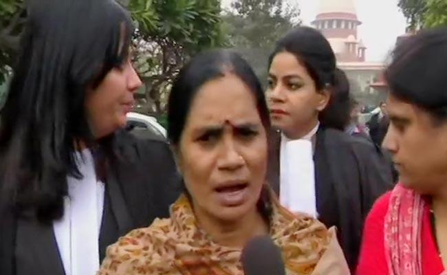Nirbhaya Mother Says Hang Convicts One By One Over Delay Of Execution - Sakshi