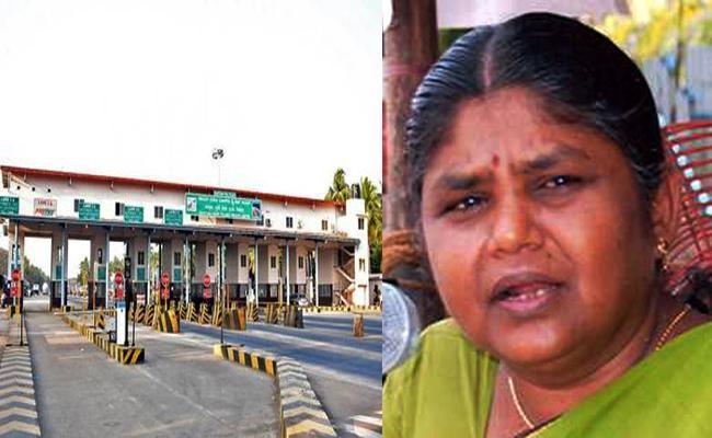 CPM Farmer MLA Bala Bharathi Conflict in Toll Gate Tamil Nadu - Sakshi