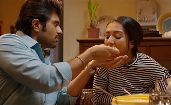 Vijay Devarakonda World Famous Lover Movie First Lyrical Song Out - Sakshi