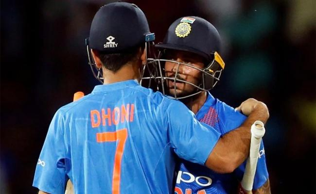 Manish Pandey Replacement For MS Dhoni Says Shoaib Akhtar - Sakshi