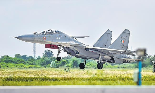 Indian Air Force inducts BrahMos-armed Sukhoi-30MKI fighter squadron - Sakshi