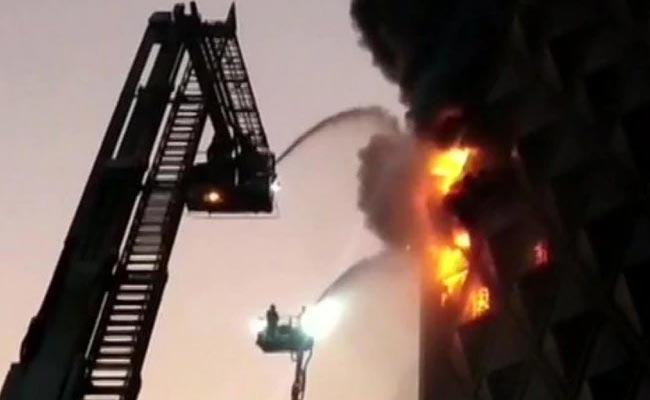 Textile Market In Surat Gutted In Fire - Sakshi