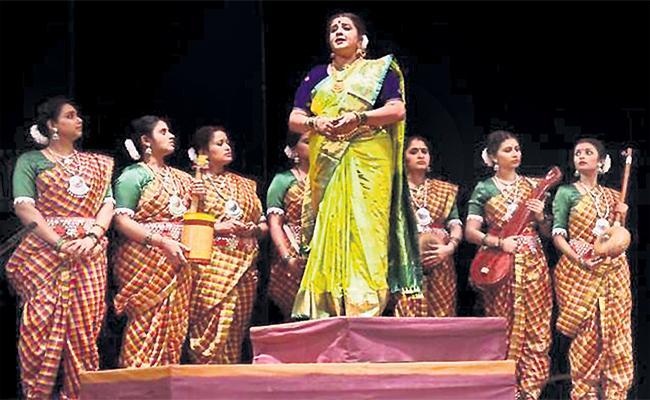 Singer Naga Ratnamma Special Story - Sakshi