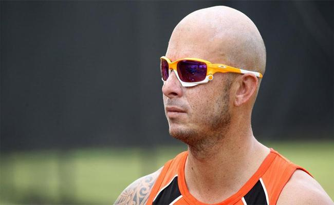 Herschelle Gibbs Comments About Test Ban By ICC In 2007 - Sakshi