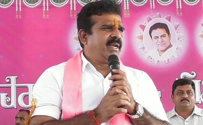 Andole MLA Chanti Kranthi Kiran Slams On Babu Mohan In Sangareddy - Sakshi