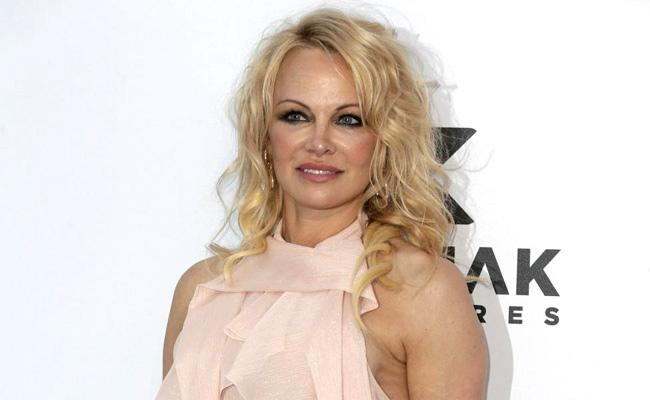 Pamela Anderson Marries Producer Jon Peters For Fifth Time - Sakshi