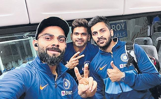 Virat Kohli Posts Photo From Auckland As Team India Reaches New Zealand  - Sakshi