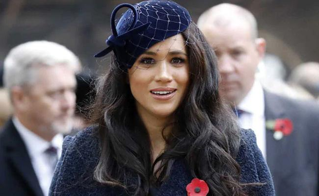 Harry Lawyer Issues Notice Over Meghan Markle Photos In Vancouver - Sakshi