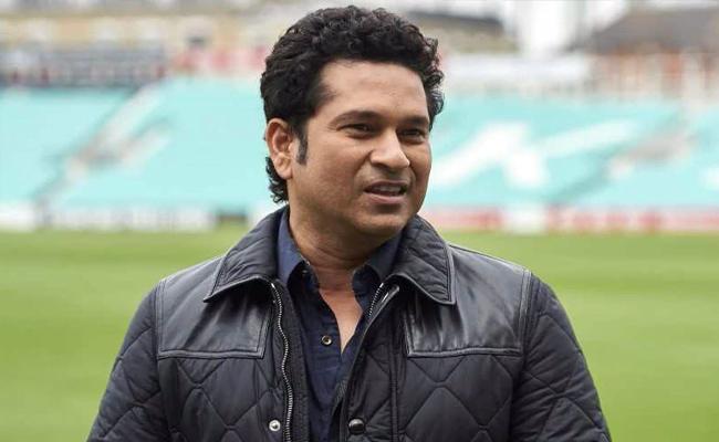 Sachin Tendulkar Threw Down A Challenge Vinod Kambli - Sakshi