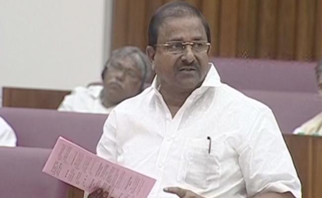 MLC Somu Veerraju Slams Chandrababu Misleading On AP Capital - Sakshi