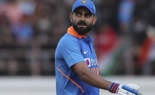 Mike Hesson Points Out Biggest Test For Kohli In New Zealand - Sakshi