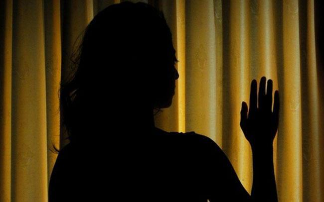 Women Kept Hosted And Molested For Five days In Uttar Pradesh - Sakshi