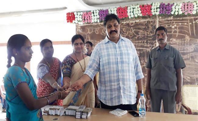 MLA Rachamallu Shivaprasad Reddy Return to Money in Aadharana Scheme - Sakshi