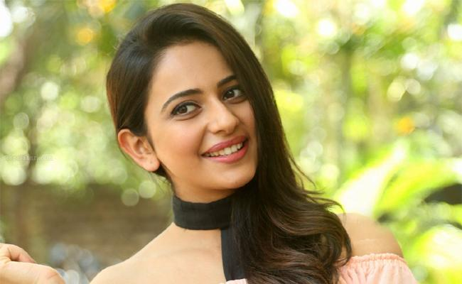 Rakul Preet Singh Share her Love Experience - Sakshi
