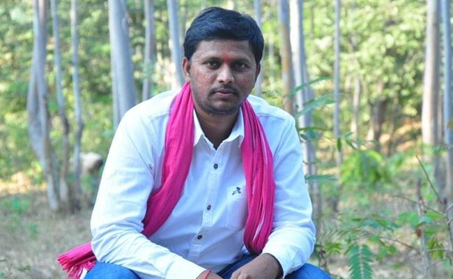 TRS Candidate Husband Attempted To Commit Suicide - Sakshi