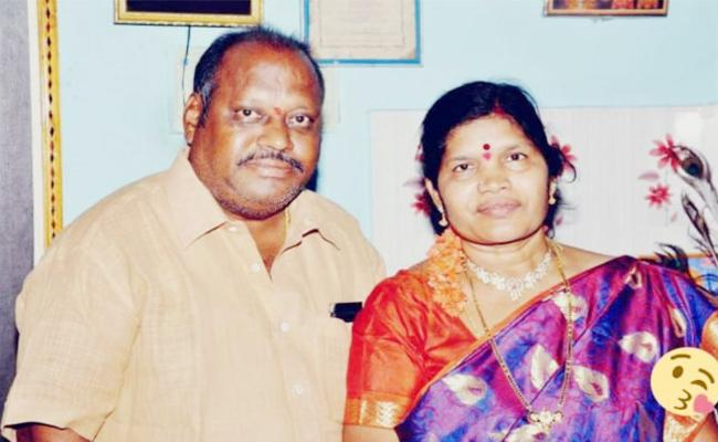 Wife Died After Husband Death news in Prakasam - Sakshi