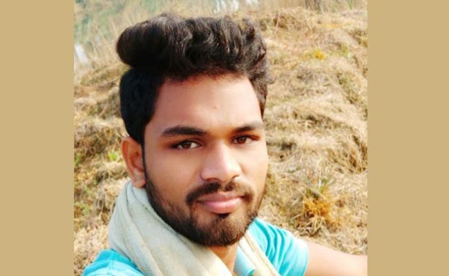 Student Died in Road Accident Vizianagaram - Sakshi
