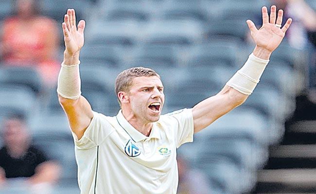 South Africa Struggled In The Fourth Test Match Against England - Sakshi