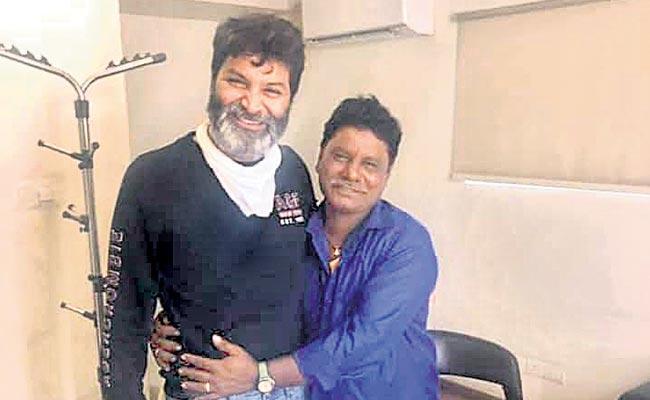 Special Story On Ala Vaikunthapurramuloo Movie Singer Suranna - Sakshi