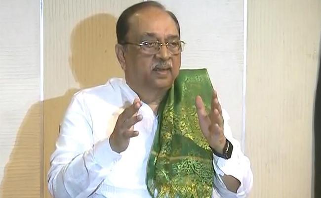 Former TDP MLA SA Rahman Slams Chandrababu Over Capital Issue - Sakshi