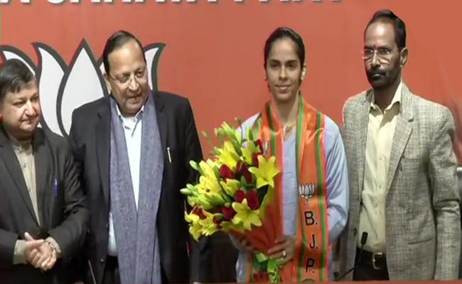 Saina Nehwal Join BJP Today - Sakshi